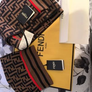 BRAND NEW ! NEVER WORN FENDI HAT AND SCARF SET
